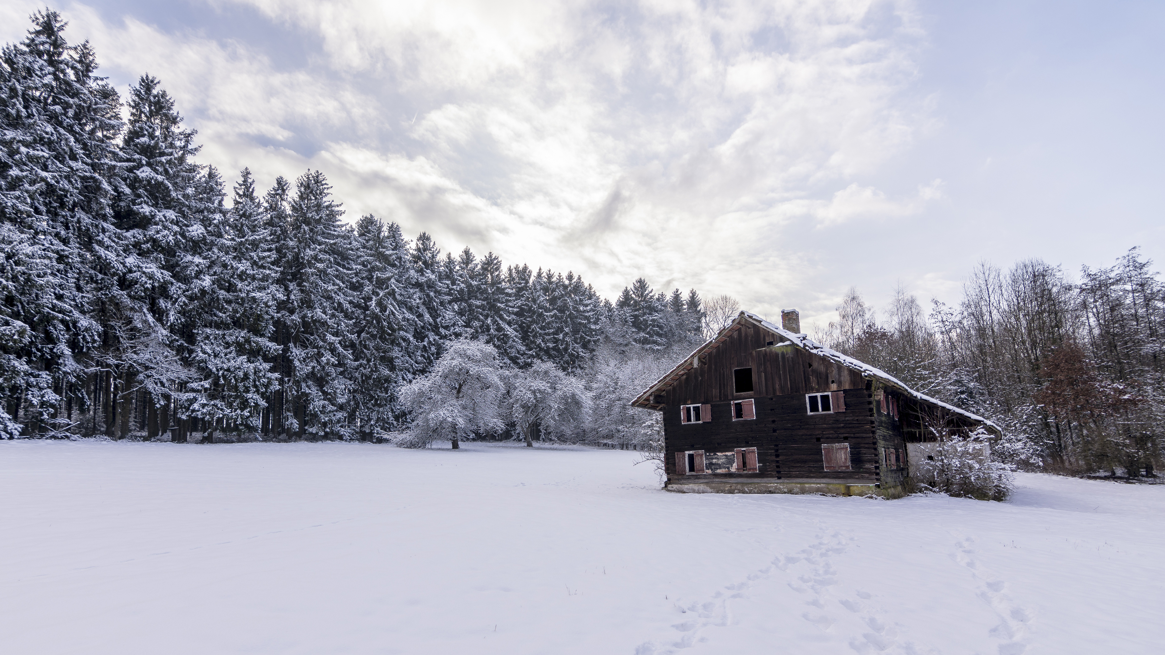 Cabin In The Snow Desktop Background