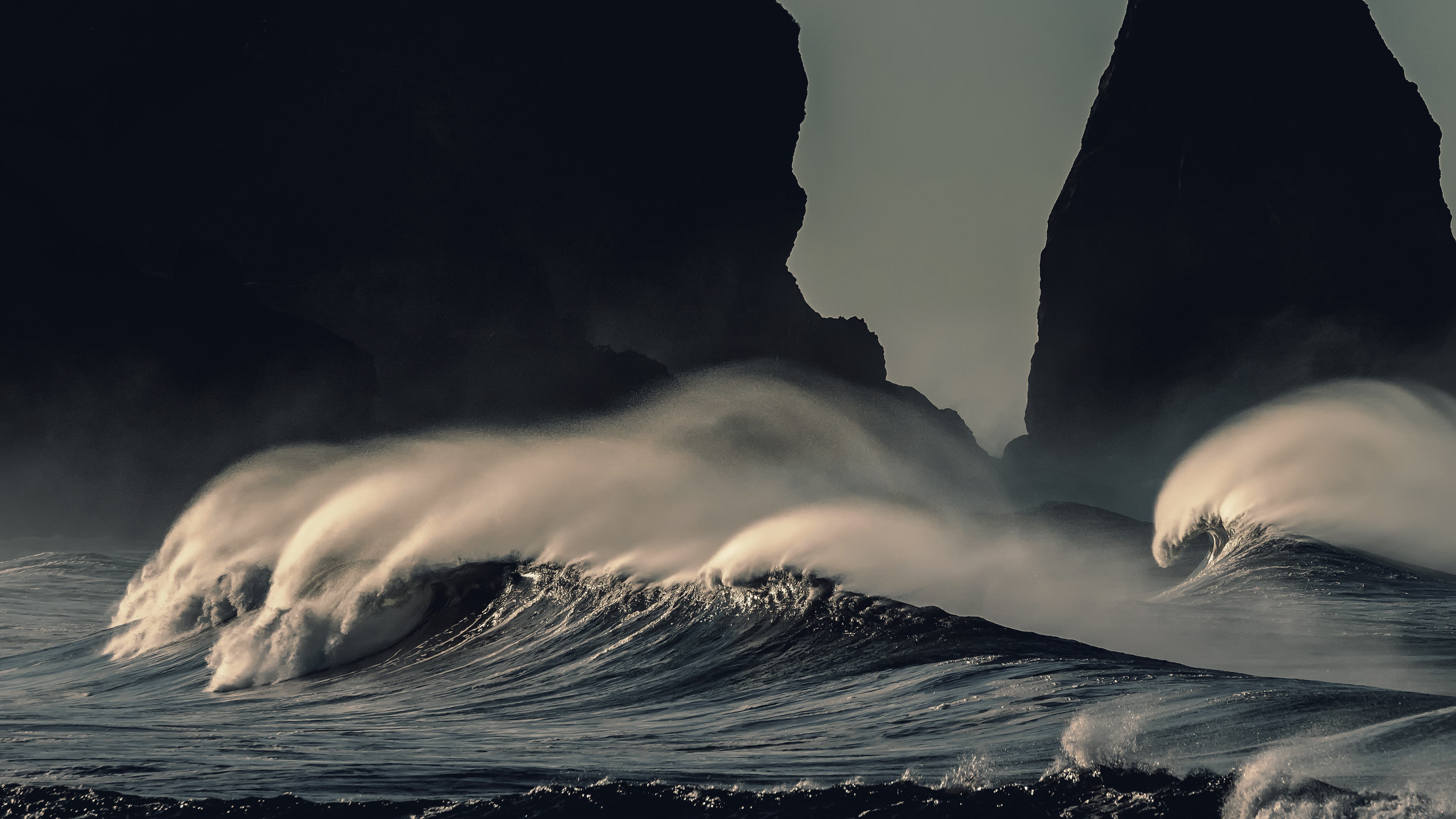 4k Stormy Waves Wallpaper Hd