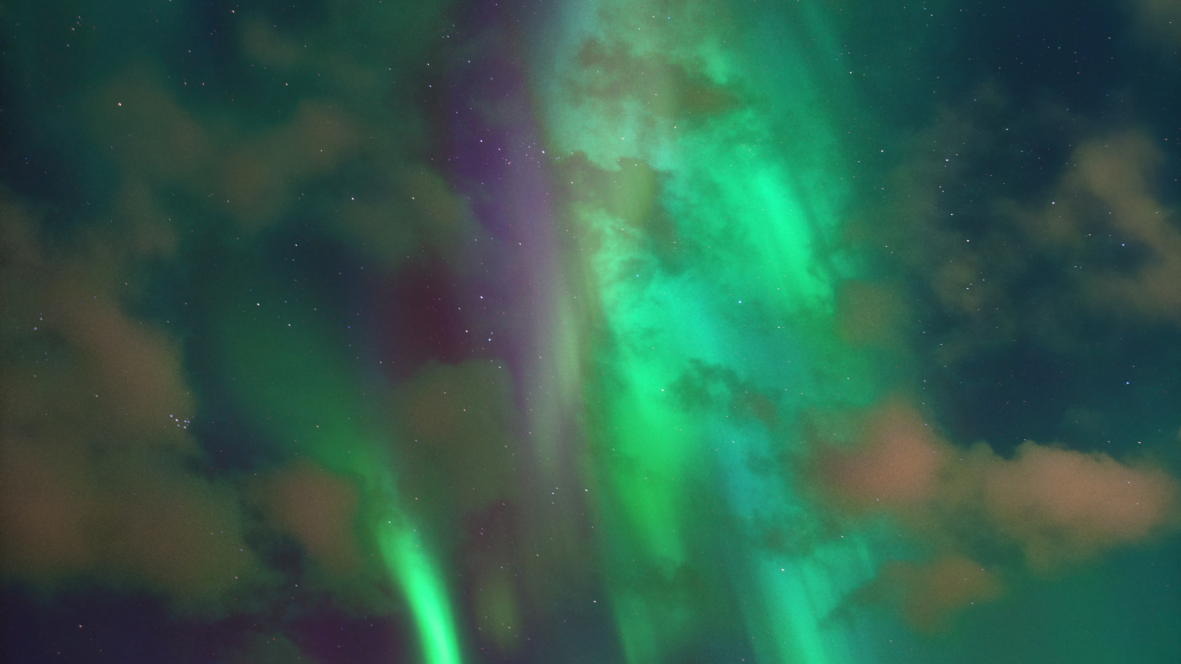 Northern Lights Chromebook Wallpaper